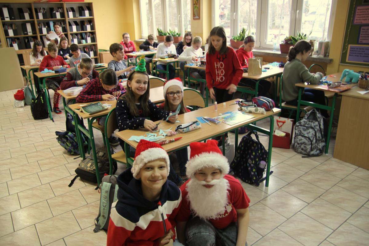 Mikołajki w naszej Szkole - zdjęcie 1