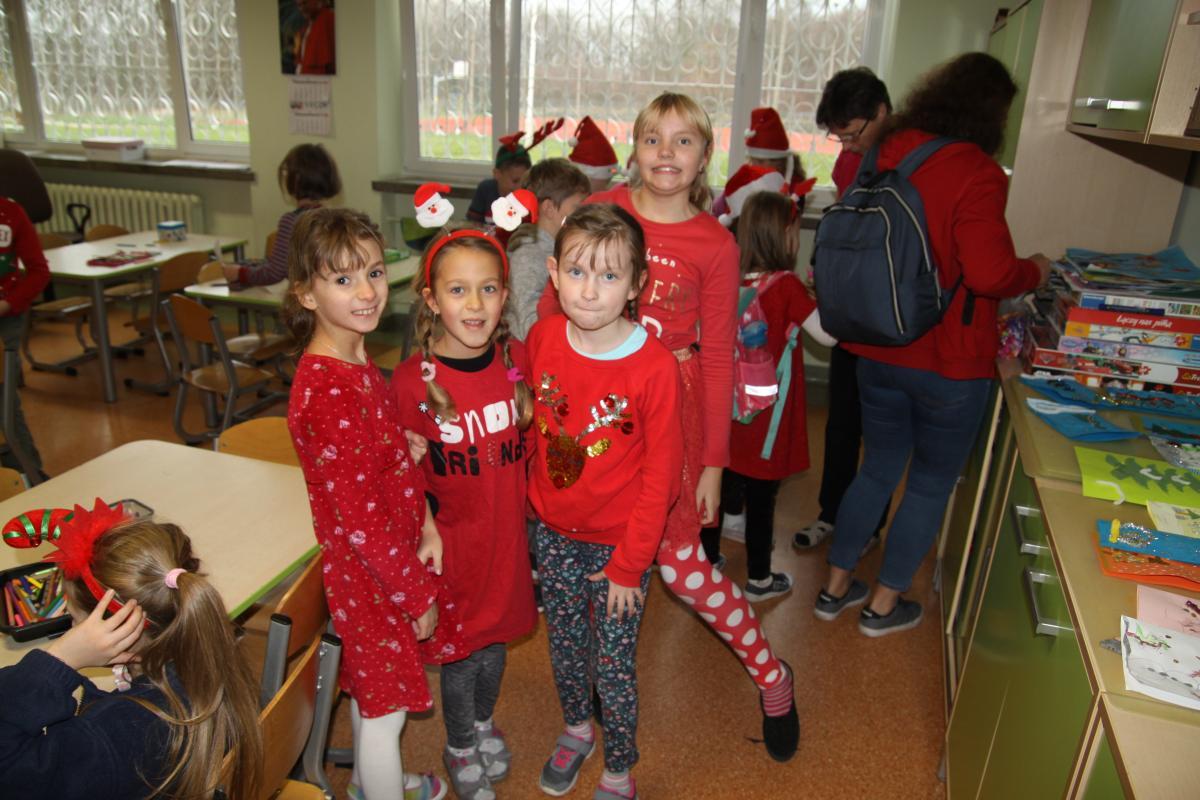 Mikołajki w naszej Szkole - zdjęcie 12