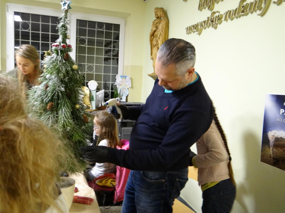 Warsztaty przed Bożym Narodzeniem - zdjęcie 13