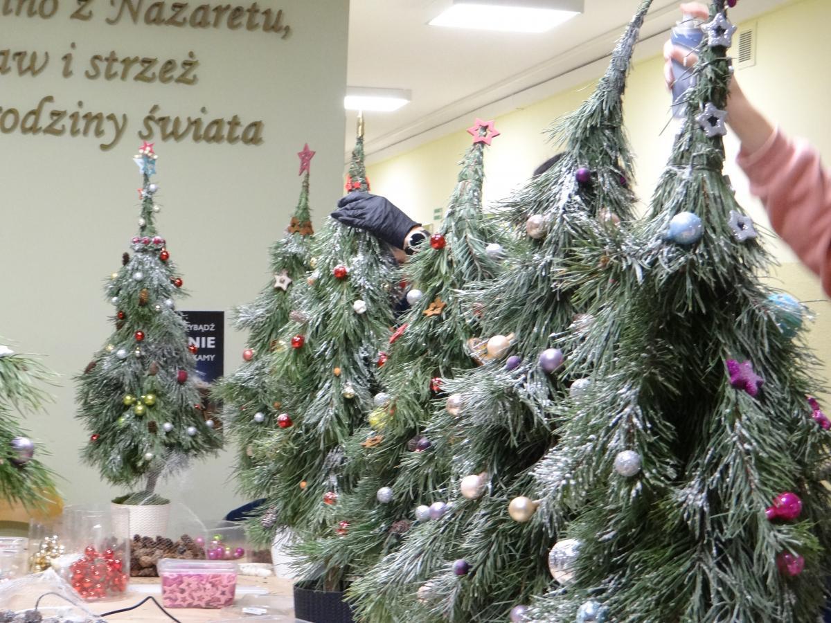 Warsztaty przed Bożym Narodzeniem - zdjęcie 16